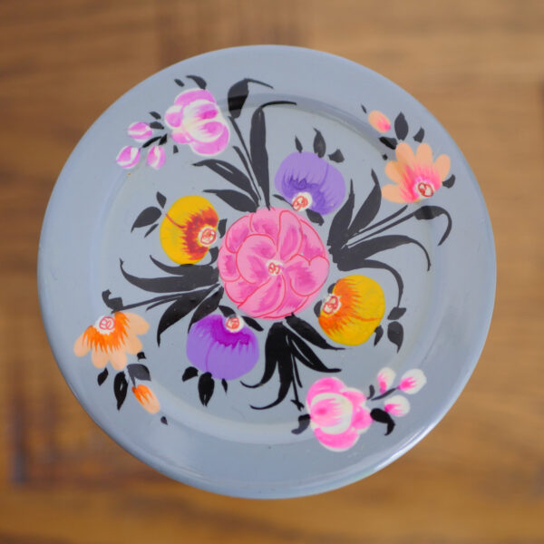Hand-painted Steel Tins with lid 6